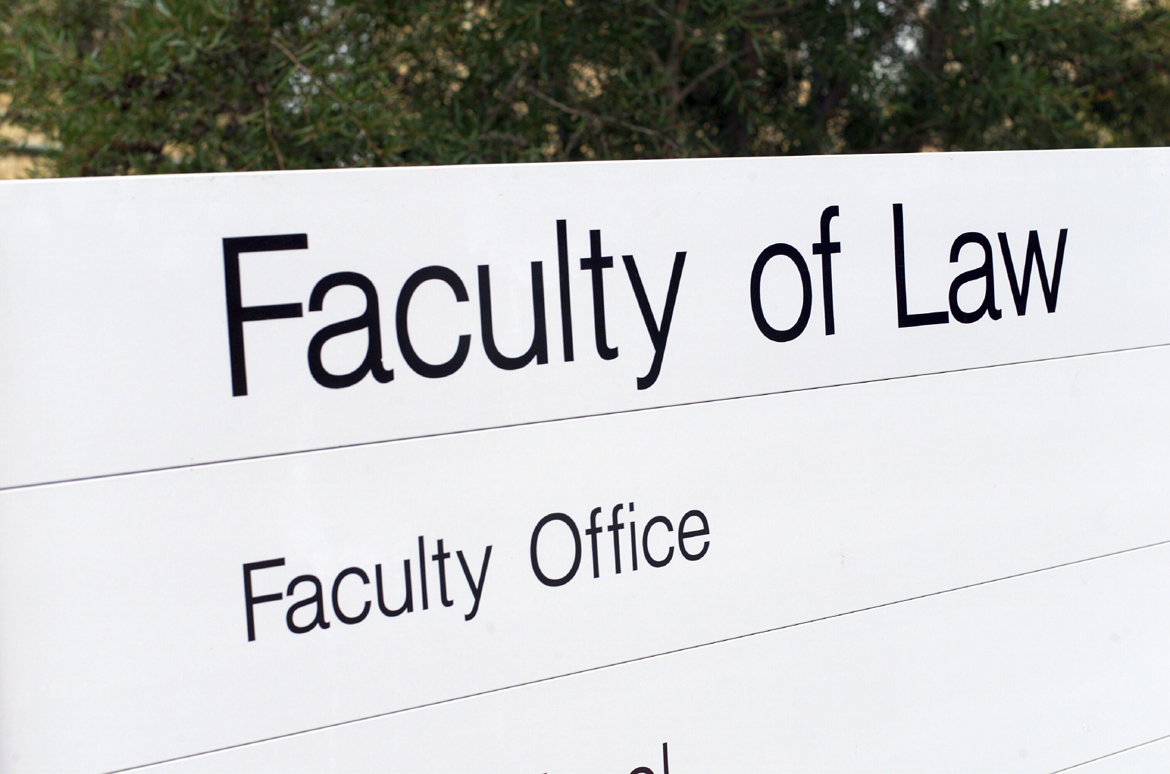 What Makes a Practice-Ready Law School Different from the Conventional One?